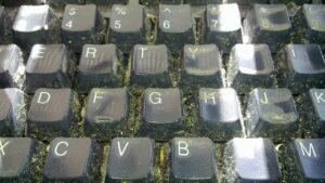 ICT reiniging en werkplek schoon